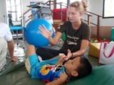 Kinésithérapie au Vietnam